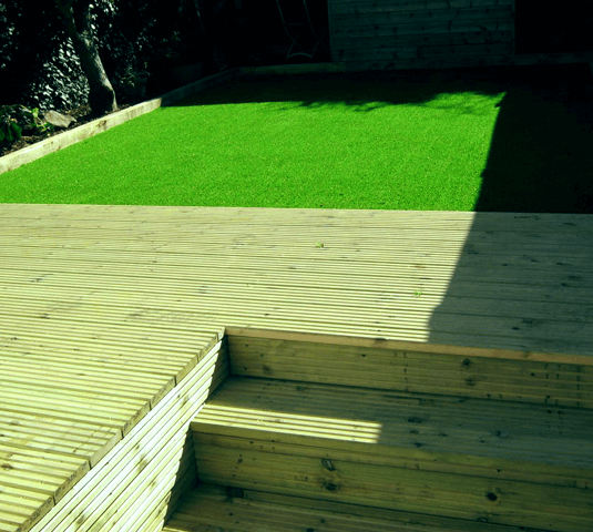 manor-fencing-area-softwood-decking-2