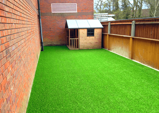 manor-fencing-landscaping-new-artificial-grass-1