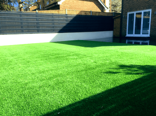 manor-fencing-lawns-new-artificial-grass-2