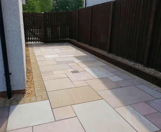 manor-fencing-paving-new-paving-2