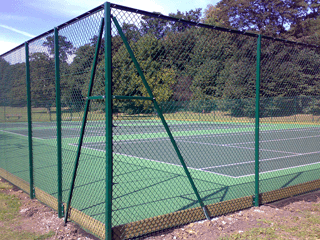 manor-fencing-services-chainlink-fence1