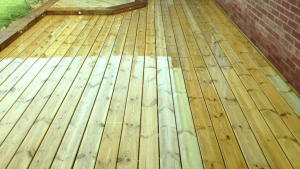 manorr-fencing-decking-softwood-decking1