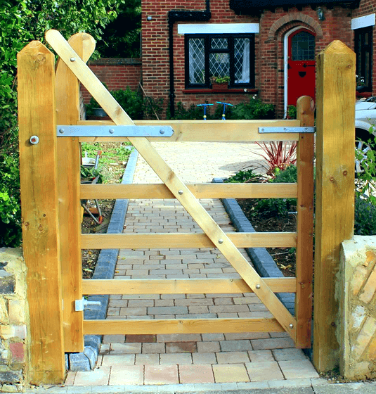 fencing and landscaping kingston